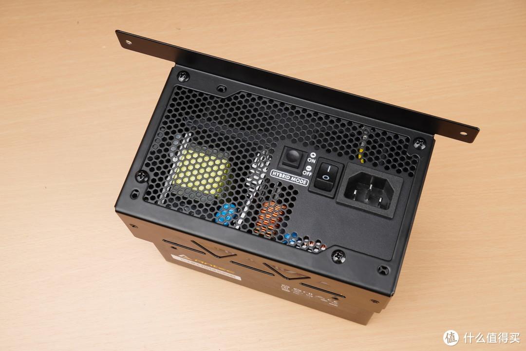 ATX电源、*级风冷、ROG显卡全部塞入,乔家一物i100 Pro机箱深度把玩
