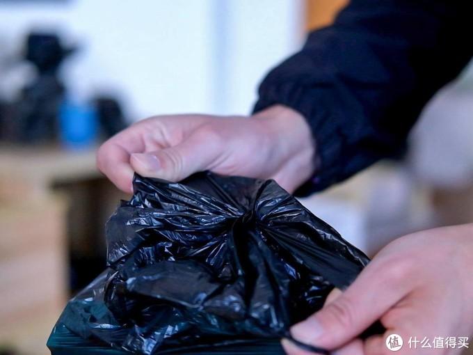 「开箱」拓牛智能垃圾桶测评:动动嘴皮子就能处理垃圾?
