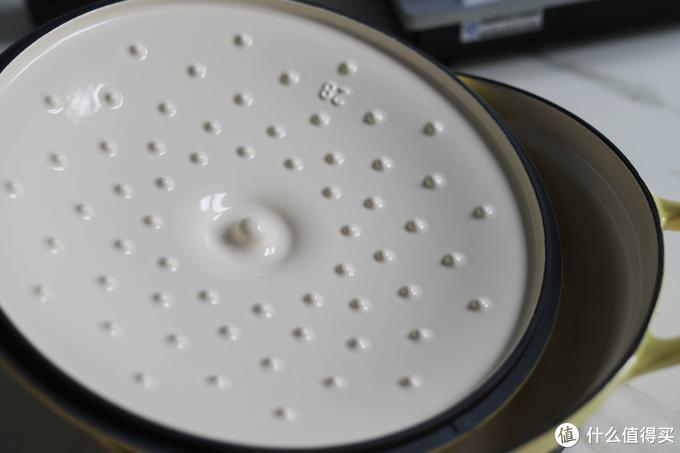 北鼎焖焗锅锅盖内侧