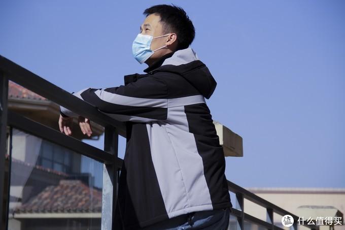 这个冬天告别臃肿,有它够了——FOOXMET智能温控发热外套