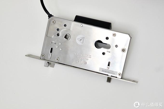 Aqara D100全自动智能推拉锁体验:自动的芯,智能的脑