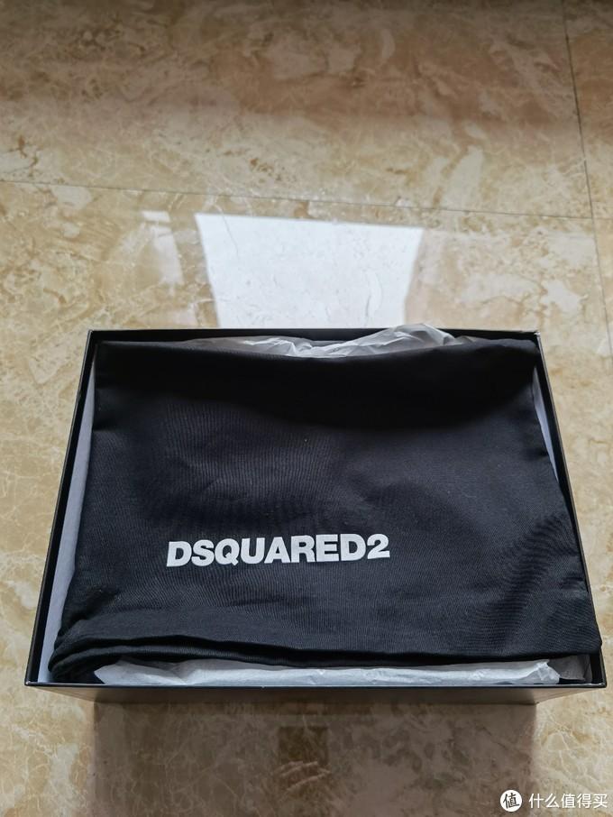 穿着舒适外形帅气 Dsquared2 Speedster运动鞋入手开箱