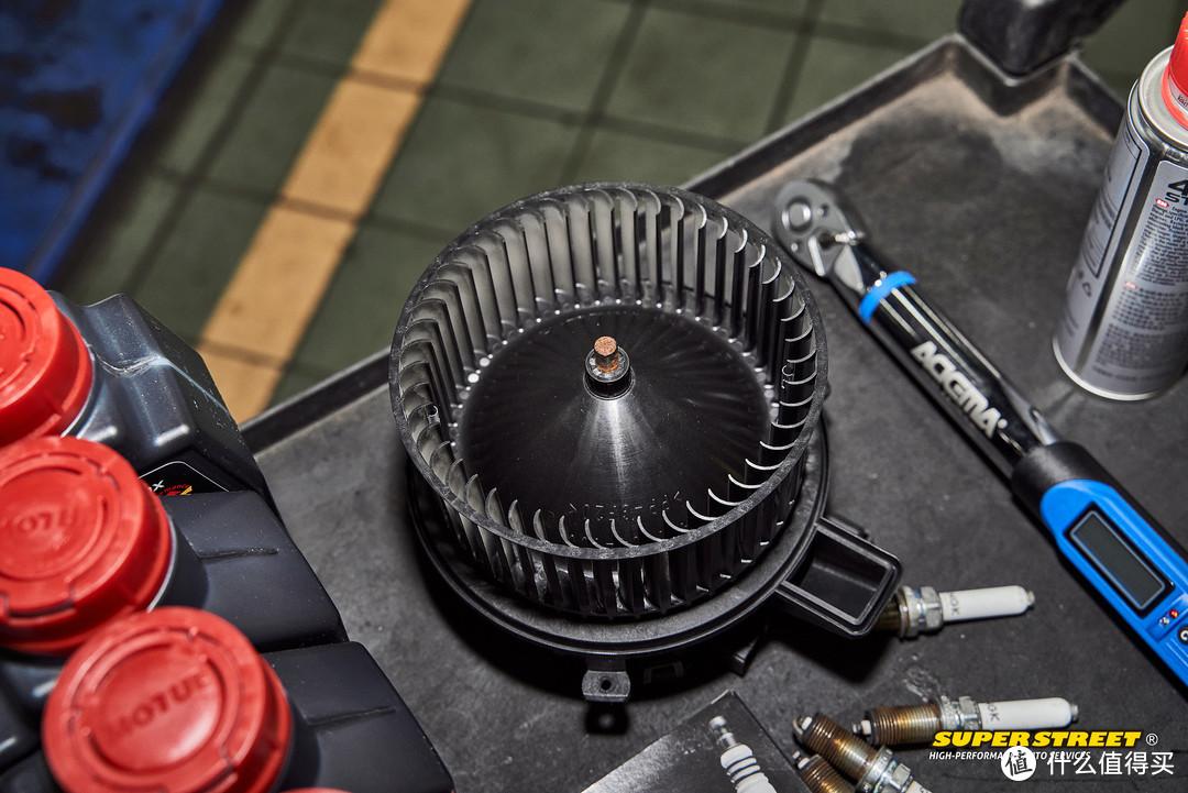 奥迪A4L B9精致保养 摩特机油NGK钌铂金火花塞GUNK空调清洗