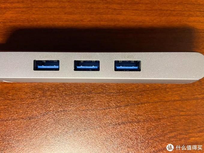 3个usb3.0接口