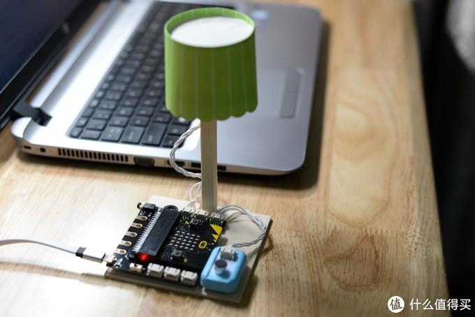让孩子在玩乐中,学习到人生中的编程第一课——DFRobot造物粒子少儿编程玩具