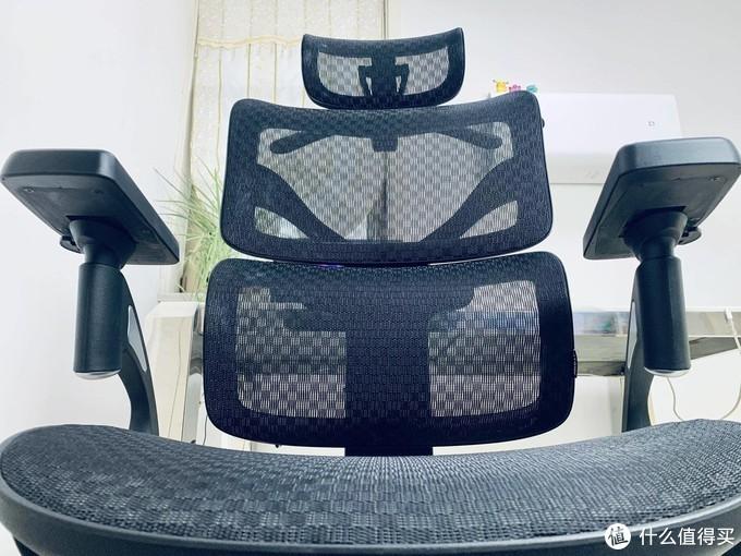舒服得差点睡着?除了坐着移动,还能躺着旋转。人体工学椅,入手没后悔