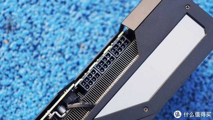 体积更大、性能与散热更强的技嘉RTX3080 XTREME大雕开箱