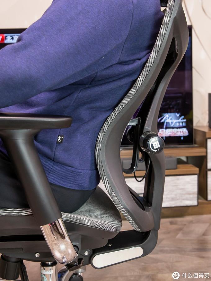 体验评测:西昊V1誓做年轻人的第一把科学人体工学电竞椅