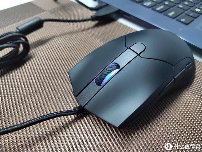 雷柏V30 RGB游戏鼠标 为你带来绚丽的幻彩