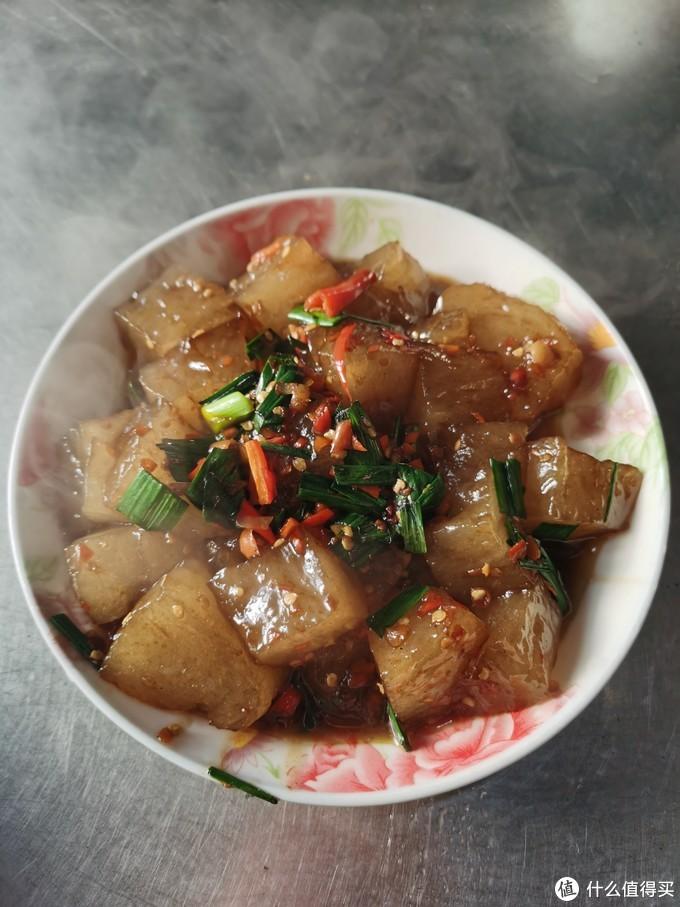 明珠辣剁椒炒的红薯粉粑粑