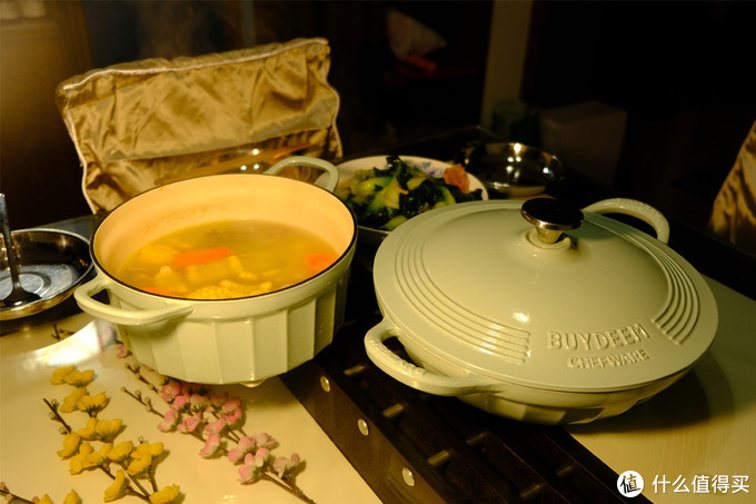 开锅吧,颜值在线,味蕾轰炸机的Buydeem北鼎 22cm焖炖锅 28cm焖焗锅试用