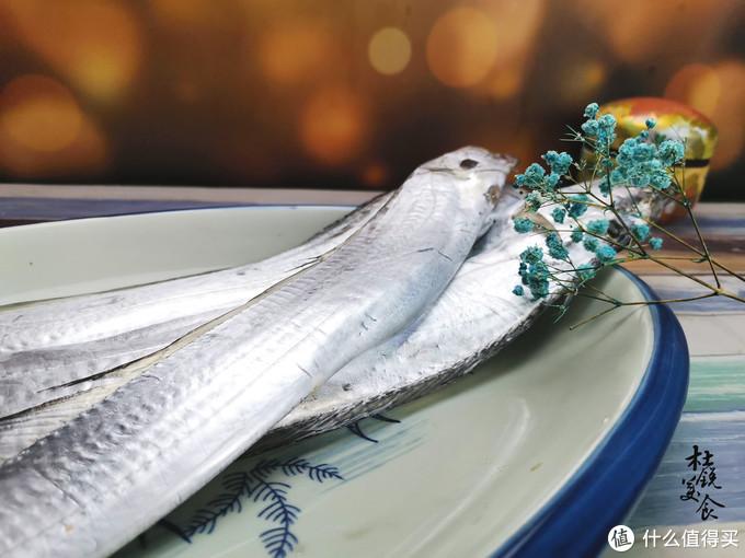"""煎带鱼,用""""全蛋糊""""是大忌,常有人用错,难怪煎的带鱼不酥脆"""