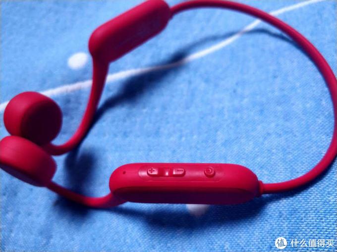 运动听歌两不误—南卡RunnerPro骨传导运动蓝牙耳机