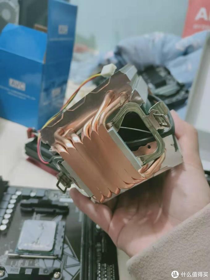 中途找到了我K77用过的AVC六热管散热器