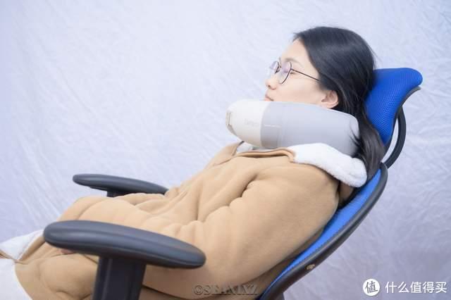 照顾好你的颈椎:倍轻松智能颈部按摩器iNeck H