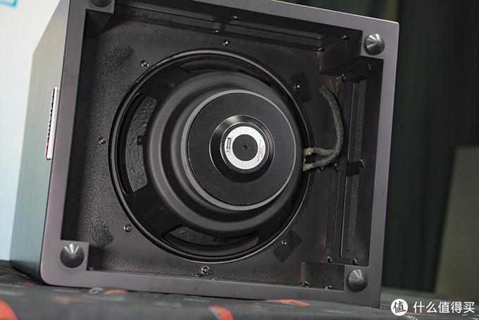DXD-300B底部的单元振膜朝内安装,如果是DXD-300A款则是向外安装