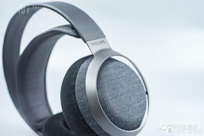 耳机外观设计展示