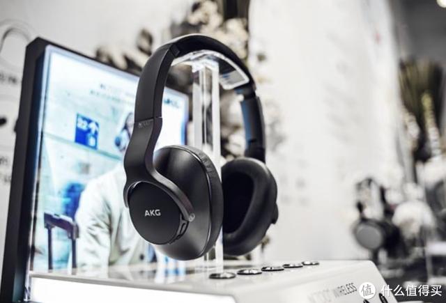 2019年发布的降噪新品Y600NC