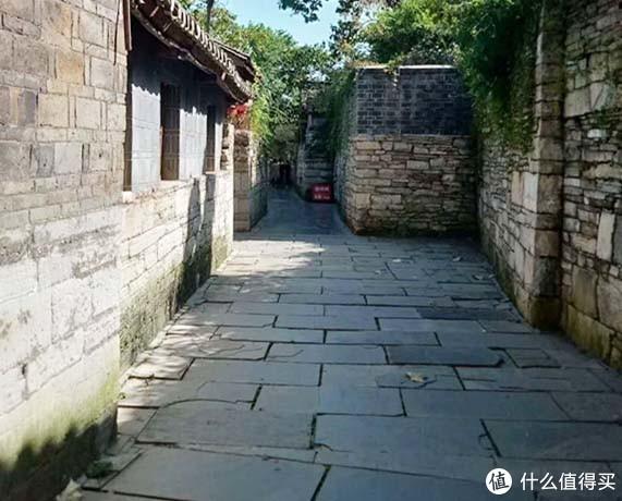 瀑布尽头、山城脚下——贵州、重庆8日游记