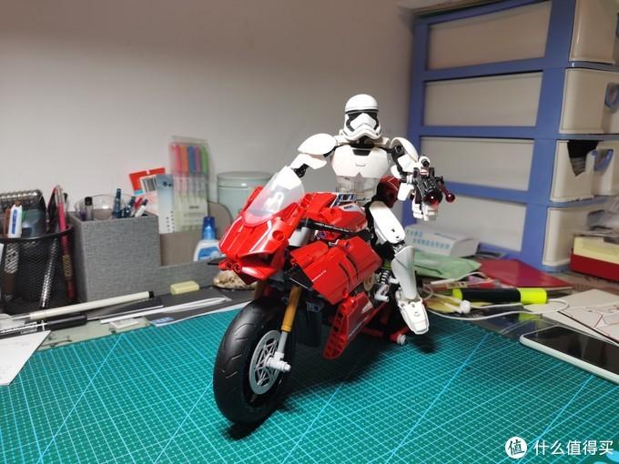 乐高75114、75117—那些年给我们当摩托车骑手的星战大人仔