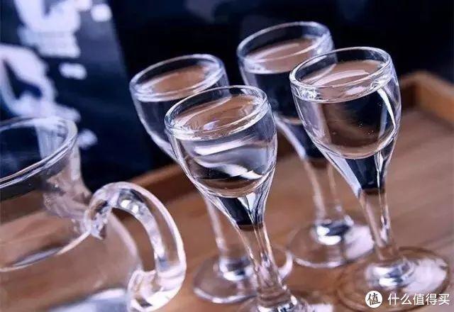 原度酒、降度酒、低度酒,喝酒应该选哪个?