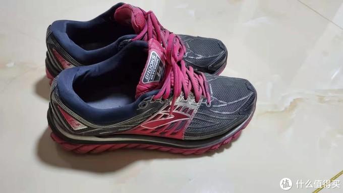 送给老妈的顶级跑鞋,布鲁克斯甘油14