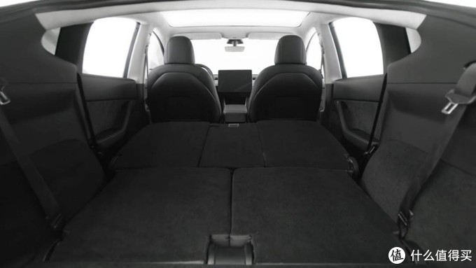 2021款特斯拉Model Y后轮驱动版亮相,可选装第三排座椅