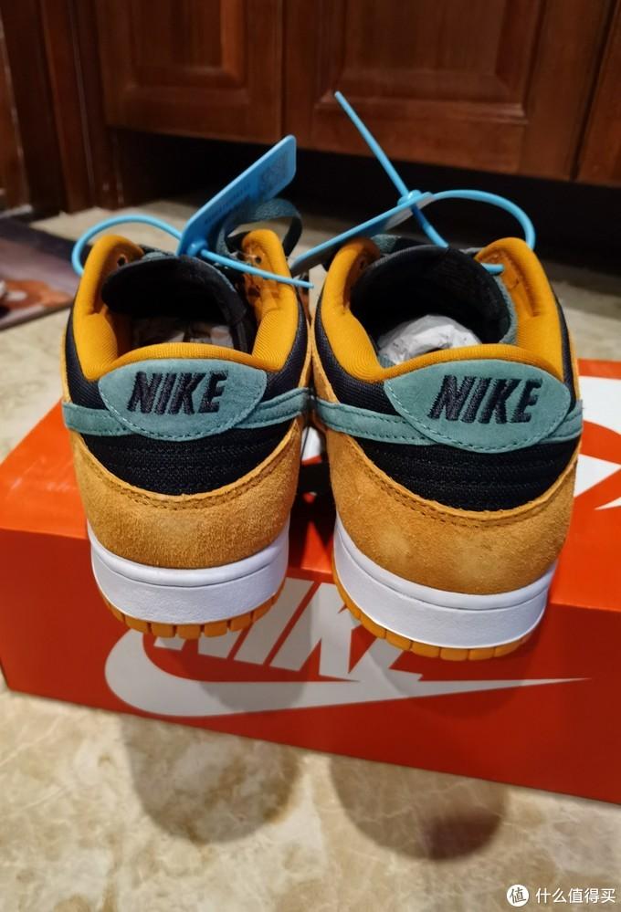 今年很火的Dunk鞋,Nike Dunk SB 丑小鸭配色开箱体验