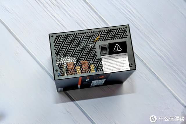 骨伽GEX850金牌电源评测:新旗舰显卡的必备动力