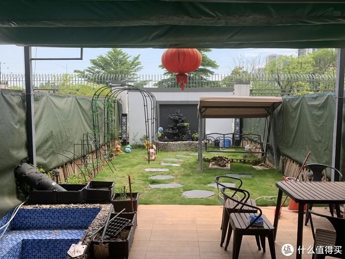 这是现在的小花园