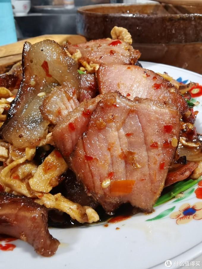 明珠辣剁椒炒腊肉