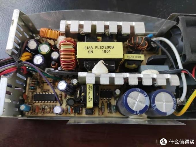 矿场跌倒NAS吃饱!蜜獾超存刷918+做保种机+文件服务器体验