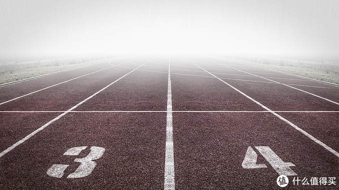 起跑线5期:跑步配件需要什么?帮你从头到脚轻松选购必备装备~