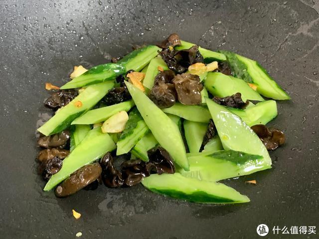 """此菜被称为""""洗肠草"""",冷天多吃能排出体内垃圾,不懂可惜了!"""