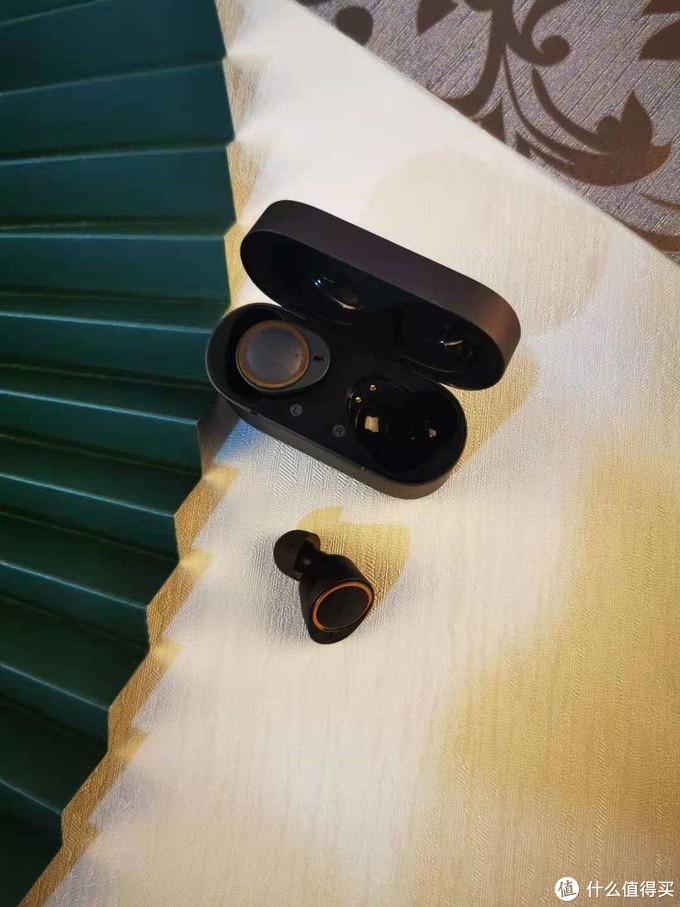 动铁用过就知道有多惊艳 唐麦W5动铁蓝牙耳机