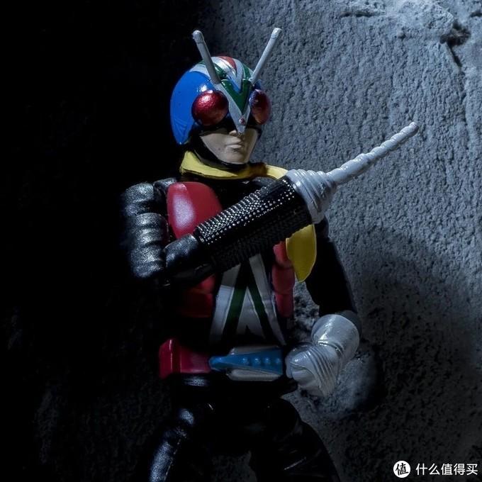 假面骑士食玩赏析:艾克赛德涂装精细,骑士人收录多种武器替换臂