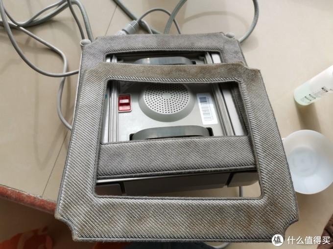 这是新买的科..思擦窗机器人,以上是棉片对比图
