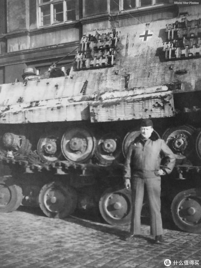 底盘编号为305004的保时捷猎虎,制造于1944年7月,1945年被美军缴获森讷拉格(Sennelager)训练场,后转交于英军,拖至豪斯特贝克(Haustenbeck)用于测试。