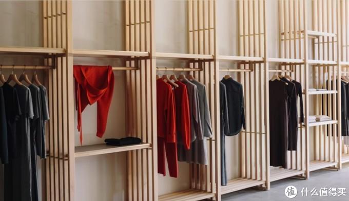 邻居家这样设计衣帽间,简单且省事,对空间也没限制,好机智