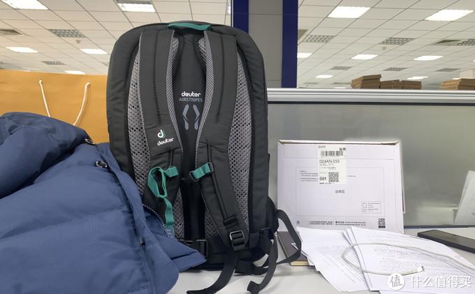 装载你的日常所需-多特GIGA通勤户外电脑包