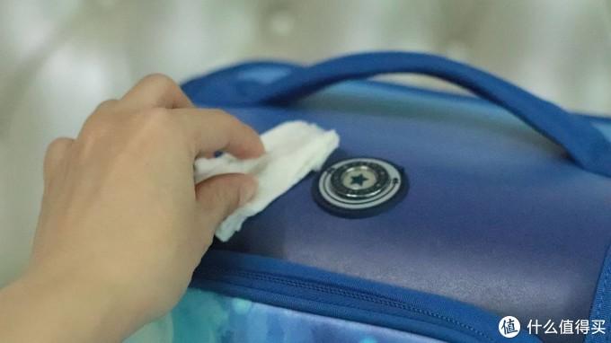 直戳老母亲心窝,减负抑菌折叠可拆洗书包,全能选手它来啦