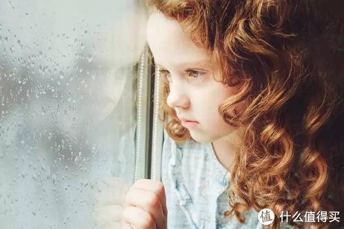 英国年度催泪故事,记得告诉孩子:要相信,总有人爱着你!