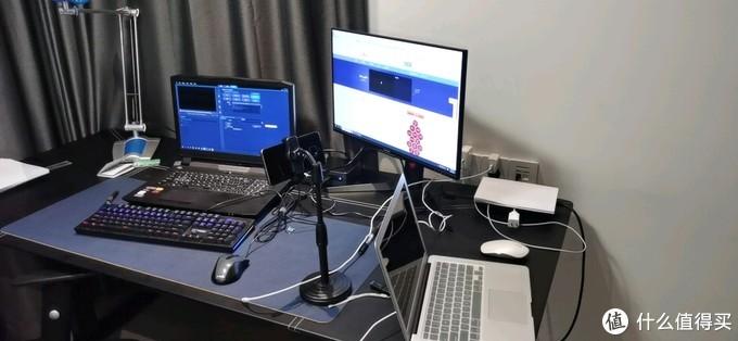 线上答题,只有大桌子才能在摄像头外再来俩电脑,你懂的😊