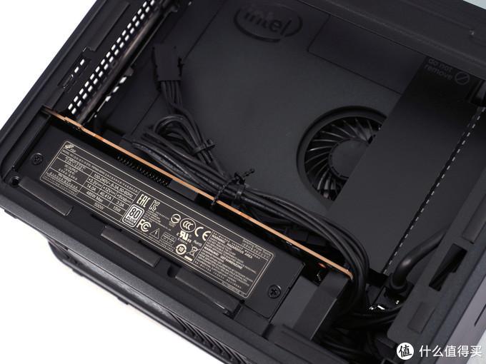 Intel原厂主机?Intel原厂显卡?!——迟到一年的Intel NUC9装机