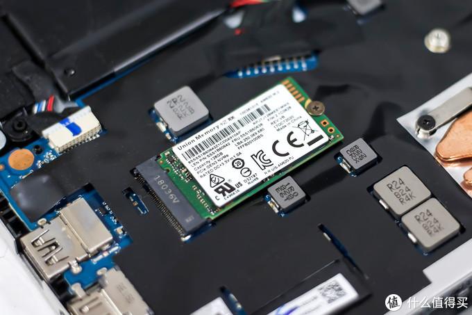 忆联AM620 M.2 2242固态硬盘评测:精巧身材也有不俗性能