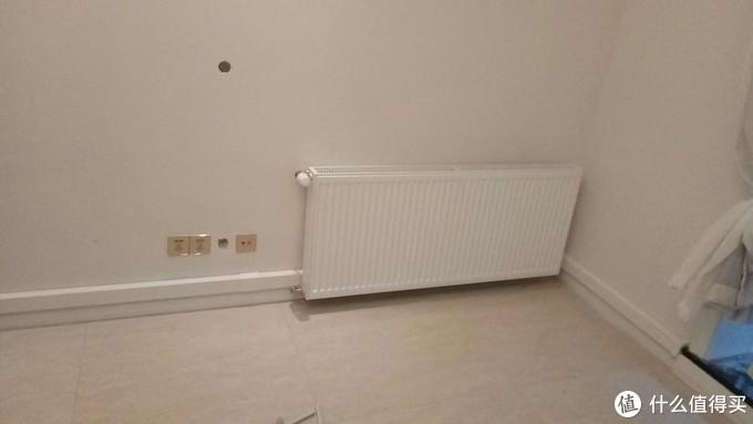 走明管的墙暖