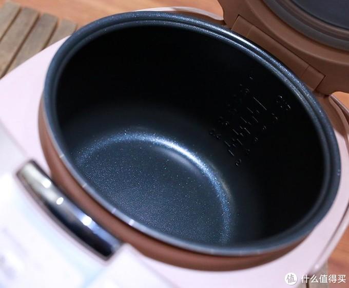 美食和锅,汤锅和电饭煲的简单体验