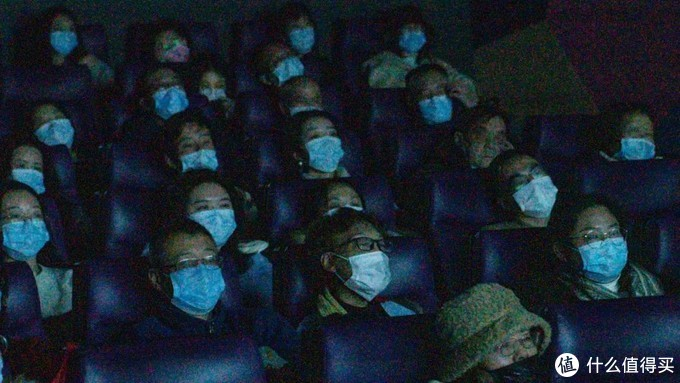 《武汉日夜》太好哭了,这是最真实的力量,最温暖的感动。