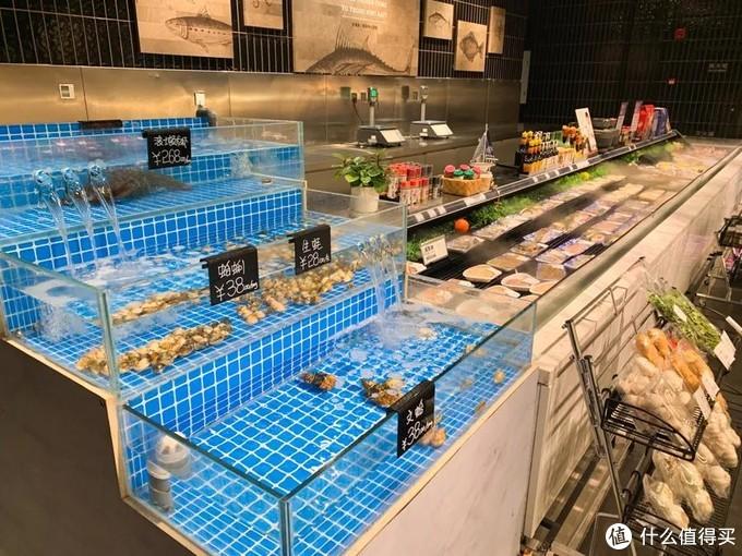 想去这间宝藏超市买买买,却先干饭干了个饱?