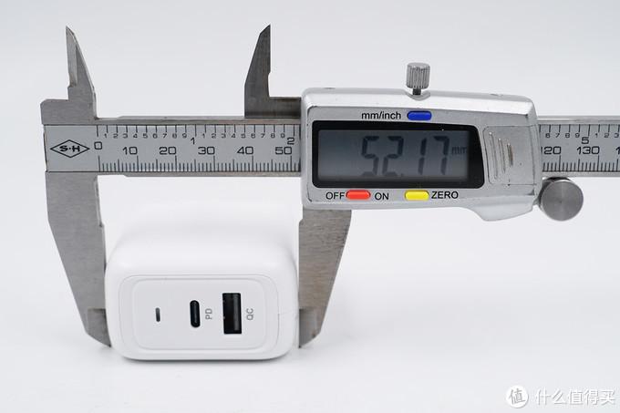 鹅卵石质感,65W快充,Benks 65W 1C1A氮化镓充电器深度评测